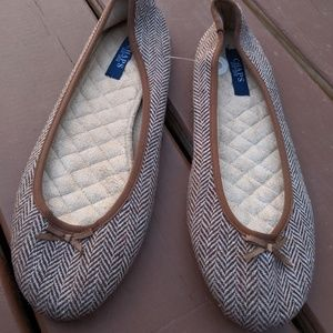 Women's Chaps Brown Tweed Flats Shoes 6-7 NWT